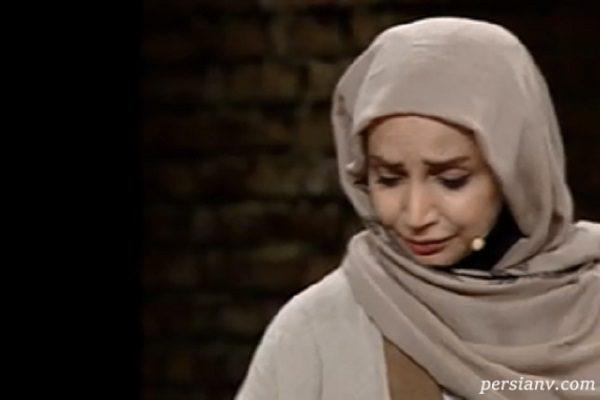 گریه شبنم قلی خانی در برنامه زنده