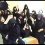 لغو مجوز یک مدرسه به علت رقص دانش آموزان مدرسه با معلمانشان!
