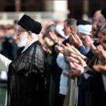 واکنشی متفاوت به حضور سید احمد خمینی در صف اول نماز عید فطر ۹۸