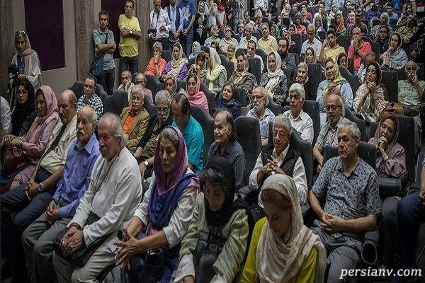 مراسم بزرگداشت فردوس کاویانی با حضور پررنگ چهره ها و غیبت خودش!!