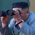 تصاویری از رهبر کره شمالی و شادی او حین آزمایش موشکی اخیر!!