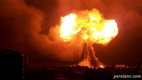 لحظه وحشتناک انفجار پمپ بنزین و فرار مردم را ببینید!!