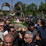 تصاویری از مراسم تشییع پیکر حسین آهی با حضور چهره ها!