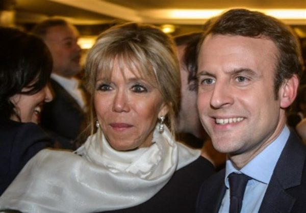 رئیس جمهور فرانسه و همسرش با ظاهر متفاوت در حال خوشگذرانی!!