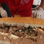 ساندویچ غول پیکر ۷۲متری در مراسم سالانه ساندویچ سنتی!