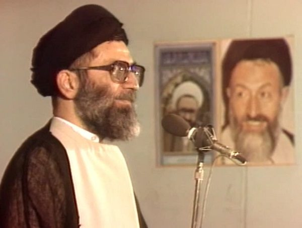 روضه خوانی رهبر انقلاب