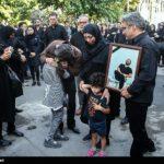 مراسم تشییع مهدی شادمانی با حضور چهره ها در تهران!