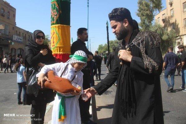 عزاداری در روز عاشورای حسینی