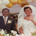 موگابه رئیس جمهور زیمباوه با تغییر چهره عجیب در اواخر عمرش!!