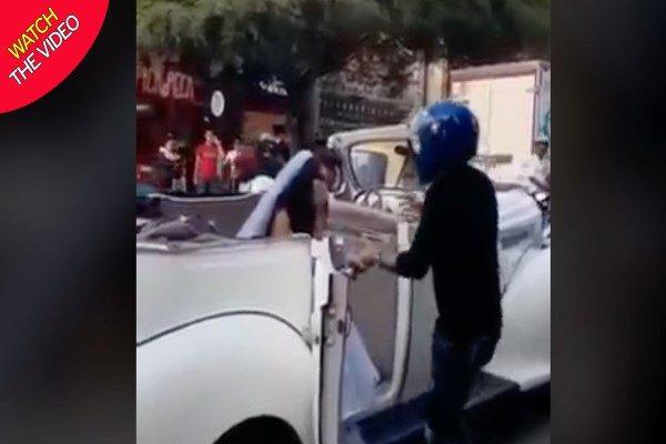 عکس العمل عجیب مرد جوان هنگام دیدن نامزد سابق در ماشین عروس!!!