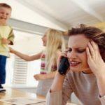 ساکت کردن کودکان شلوغ با شگرد عجیب مادر جوان سوژه شد!!