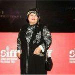 پوران درخشنده کارگردان ایرانی با لباسی جالب در اختتامیه جشنواره سلیمانیه!