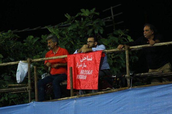 جایگاه VIP ورزشگاه شهید وطنی با دعوت خاص و به صرف خیار !