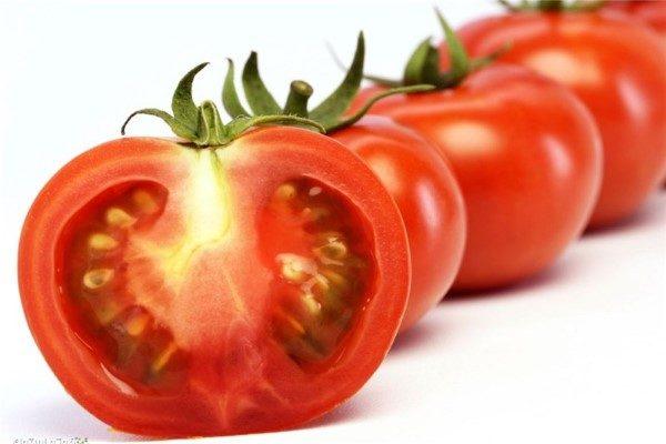 خواص گوجه فرنگی برای پوست | انواع موسک های معجزه آسا!