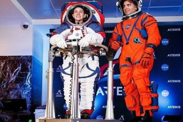 لباس های جدید فضانوردی ناسا برای سفر به ماه رونمایی شد!