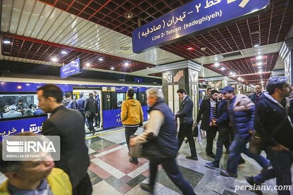 ازدحام مسافران متروی تهران
