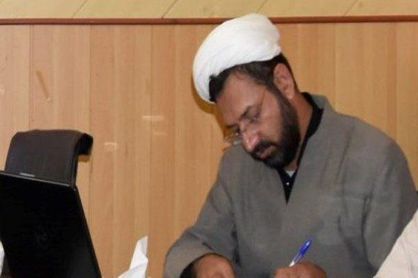 حمله به روحانی آمر به معروف توسط دو دختر با خودروی شاسی بلند!!