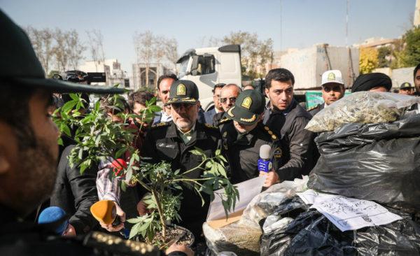 دومین مرحله طرح ظفر پلیس تهران با جمعآوری ۱۱۰۰ معتاد!!