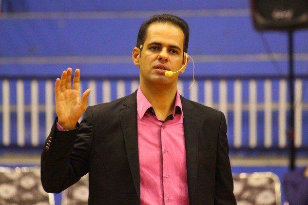 عباس قانع گزارشگر تلویزیون به یکسال حبس محکوم شد!!