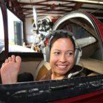 زندگی پر فراز و نشیب اولین بانوی خلبان بدون دست