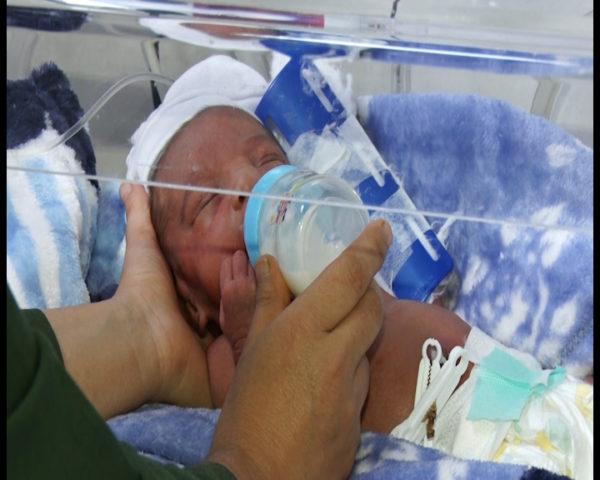 تولد نوزاد پسر