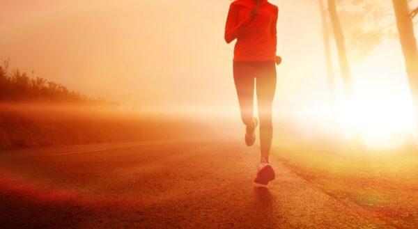 ورزش قبل از صبحانه برای چربی سوزی بهتر است یا بعد ازآن!؟