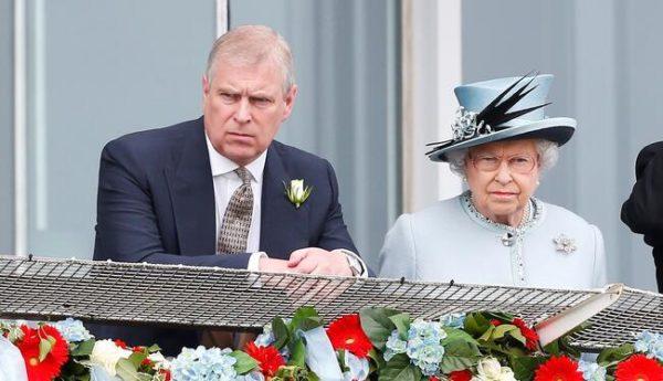 استعفا پسر کوچک ملکه انگلیس به دلیل لو رفتن رسوایی اخلاقی اش