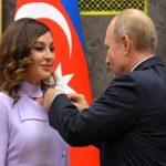 دیدار مهربان علیوا بانوی اول آذربایجان با ولادیمیر پوتین!