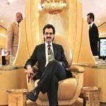 سبک خوشگذرانی شاهزاده میلیاردر سعودی با نوههایش در بیابان!