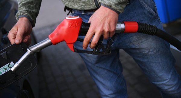 سیر تا پیاز افزایش ناگهانی قیمت بنزین از زبان فرمانده نیروی انتظامی