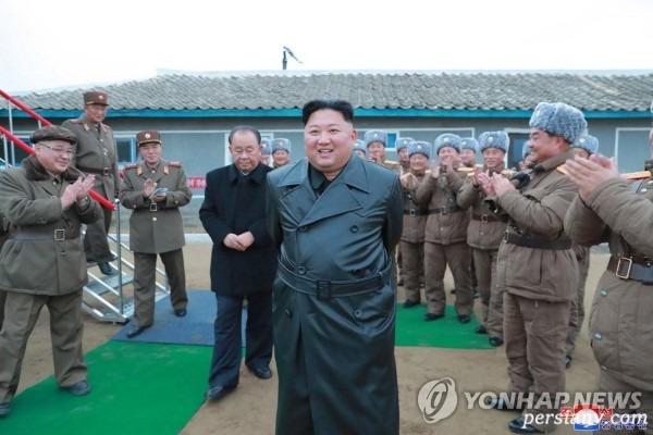 لباس رهبر کره شمالی