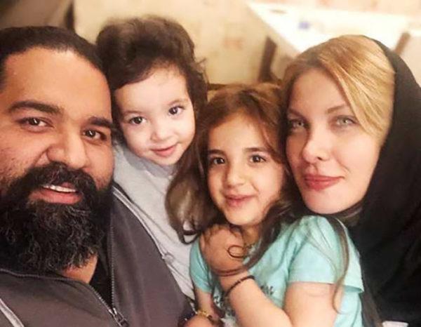 رضا صادقی و همسرش به همراه تیارا و ویانا