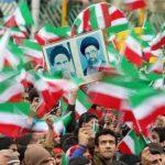 فرزند رهبری و حسن روحانی در راهپیمایی ۲۲ بهمن تهران