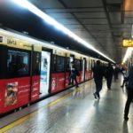 تبلیغات در مترو ؛ پخش تبلیغات عجیب و ۱۸+ در مترو تهران