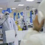 سلفی جالب بیماران و پرستاران درگیر با کرونا