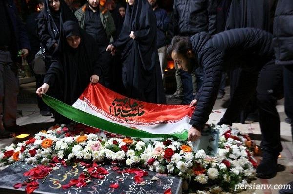 سنگ قبر سردار سلیمانی در کرمان رونمایی شد