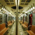موتور سواری عجیب در مترو مسافران را شوکه کرد