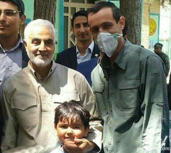 سردار شهید سلیمانی پای صندوق های رای