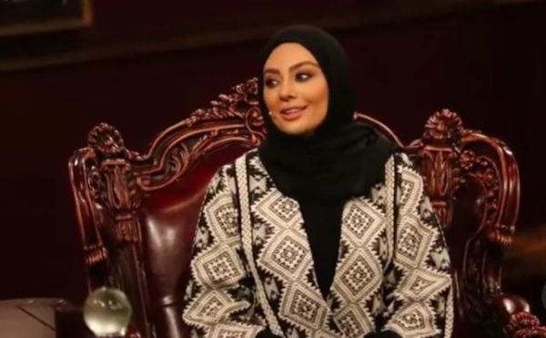 یکتا ناصر در دورهمی و سوالات مهران مدیری درباره رژیم غذایی اش
