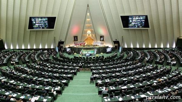 درخواست تصویب سه فوریت تعطیلی کشور برای یک ماه برای مقابله با کرونا