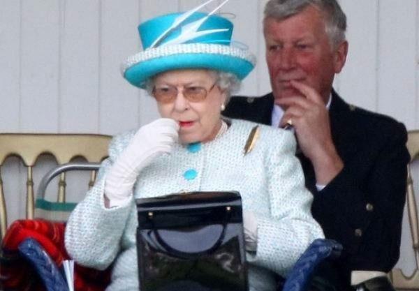 کیف ملکه انگلیس