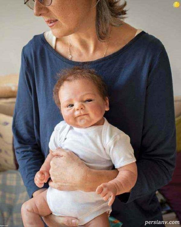 عروسک شبیه بچه