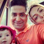 تصاویر جدید آزاده نامداری و همسرش سجاد عبادی در کنار دخترشان
