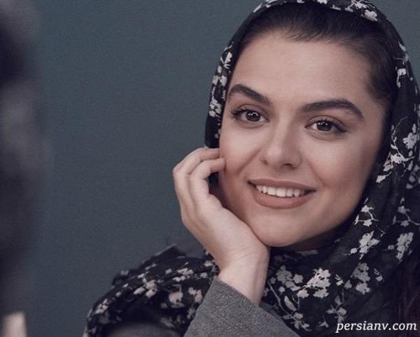 درنا و دنیا مدنی دختران رویا تیموریان بازیگر همگناه در کنار پدرشان