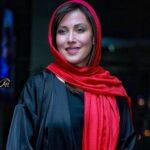 بانو مهتاب کرامتی در کنار علیرضا قربانی خواننده