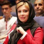 ست لباس نیوشا ضیغمی بازیگر با عروسکش در کودکی