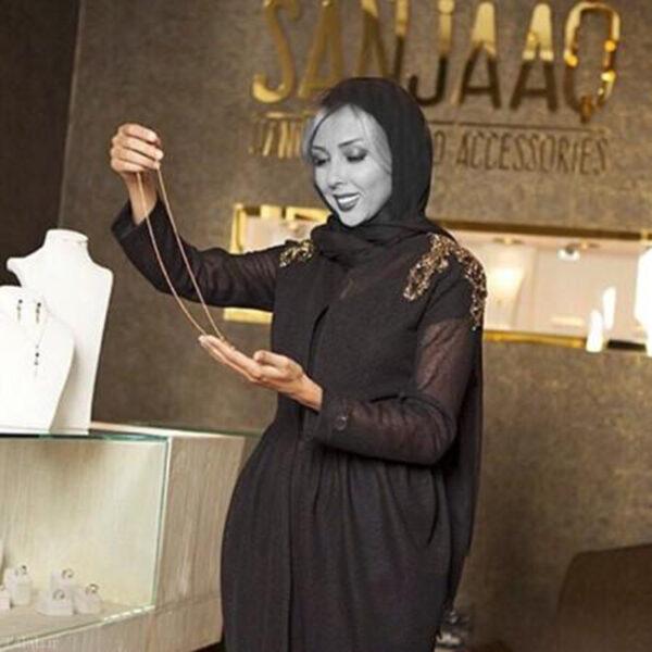 لیلا اوتادی در طلا فروشی استخری