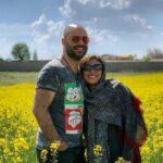 فیلمی از حدیثه تهرانی که از صدای گیتار همسرش خل شده