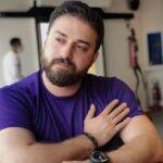 اجرای زنده آهنگ ماه درمیاد توسط بابک جهانبخش در کیش
