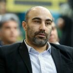 تپق زدن جالب محسن تنابنده در لحظه دریافت جایزه جشن حافظ